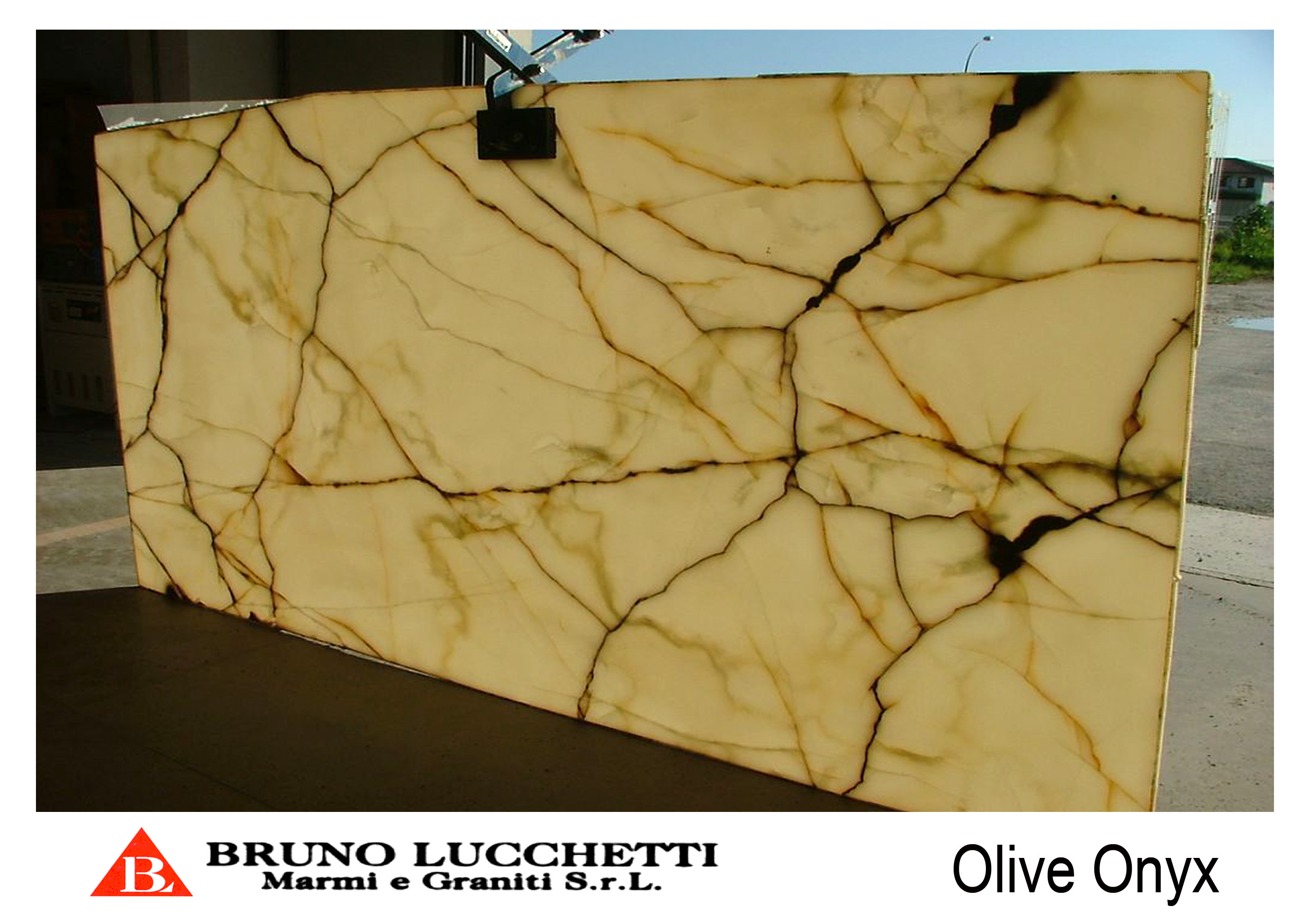 Lighting Behind Onyx Marbles : Onyx olive biography